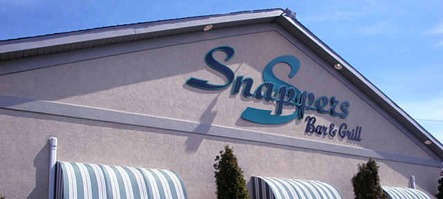 Snappers-Bar-and-Grill-032714-3